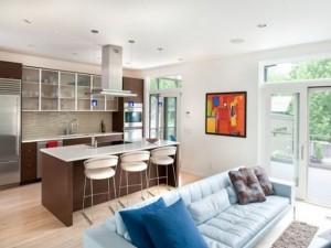 Привлекательный дизайн кухни студии