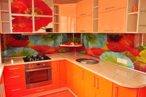 Кухня оранжевого цвета
