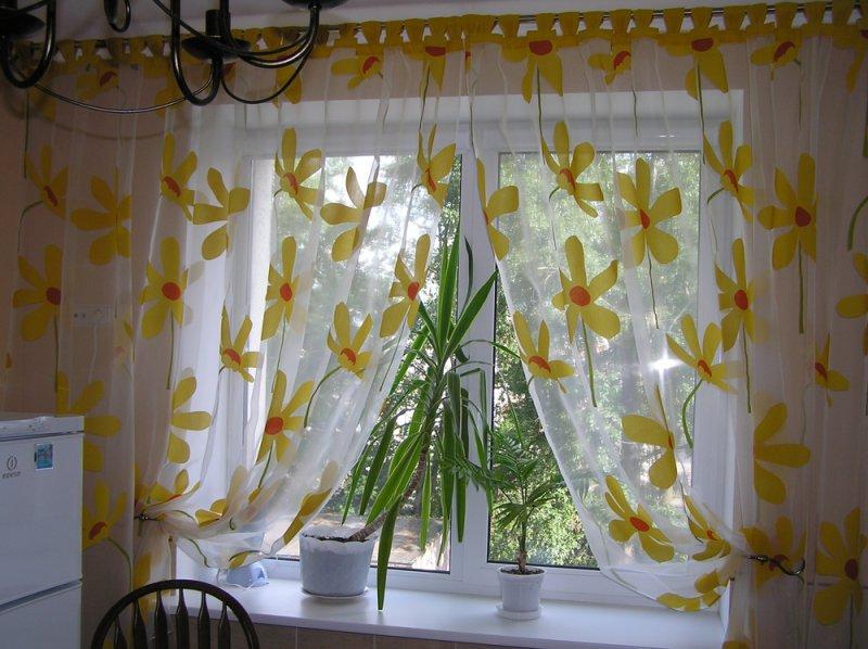 Дизайн занавески для кухни