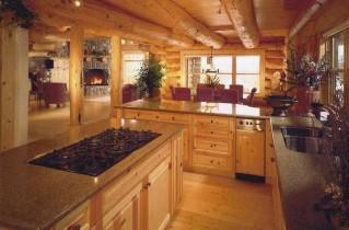 Какой должна быть кухня в деревянном доме
