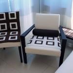 Модные чехлы для стульев на кухне