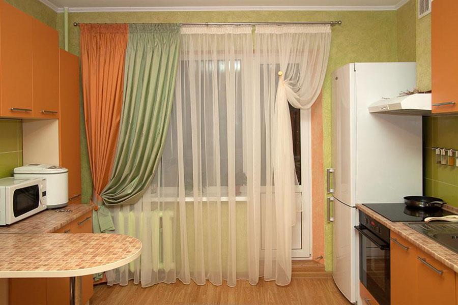 дизайн окон кухни с балконом фото