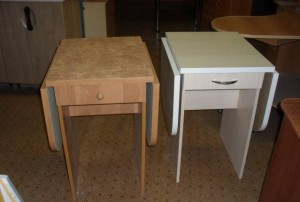 Раскладные кухонные столы