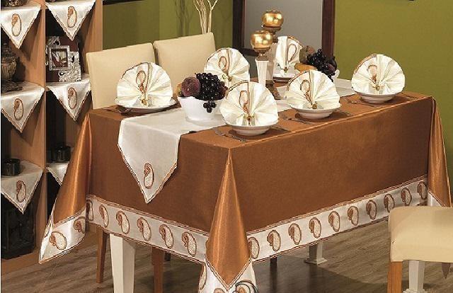 Своими руками скатерти для праздничного стола