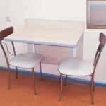 Стол кухонный пристенный
