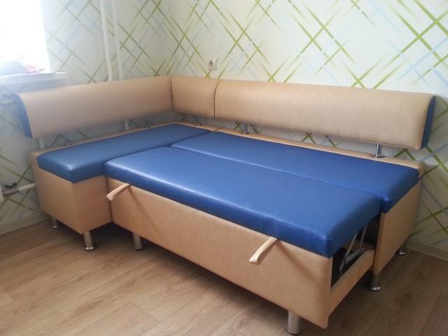 Кухонный уголок Лидер-5 со спальным местом: Кухонные