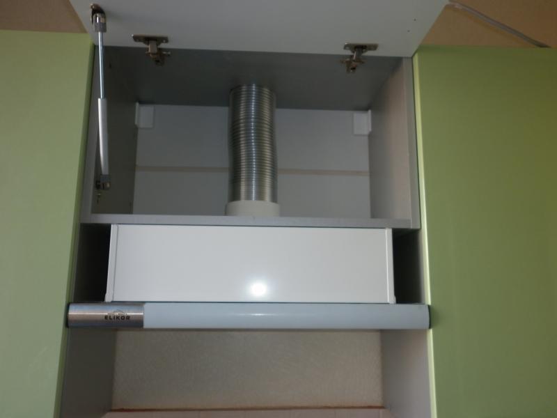 Как установить вытяжку на кухне своими руками: правильный монтаж воздуховода