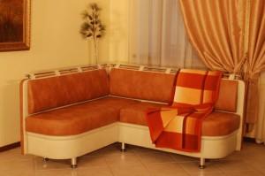 Виды диванов для кухни