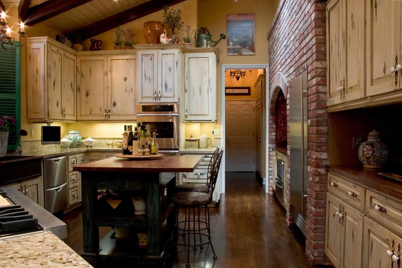 Кухня в старинном стиле своими руками