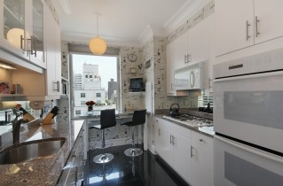 Дизайн узкой кухни: советы и фотографии