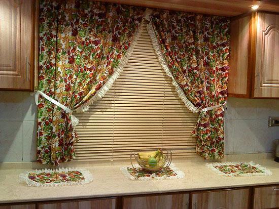 Как сшить занавески на кухню в деревенском стиле фото