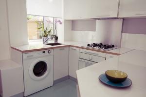 Оформление встроенной кухни