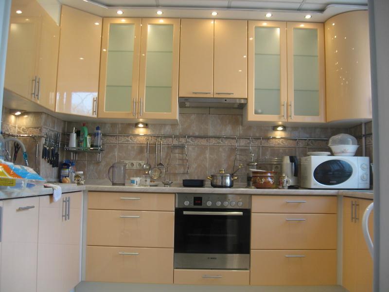 Бежевые кухни фото