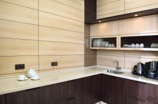 Отличная альтернатива гипсокартону — декоративные панели для кухни