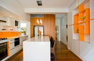 Кухонные стулья могут стать ярким акцентом в интерьере
