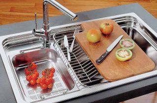 Ремонт на кухні: вибираємо сталеву мийку