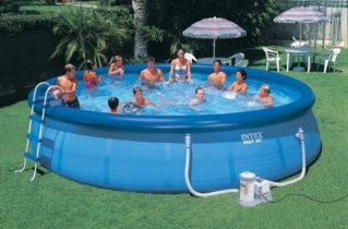 Надувний і каркасний басейн — який краще?