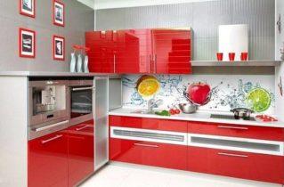 Наявність якісної кухні допомагає з максимальною користю облаштувати приміщення