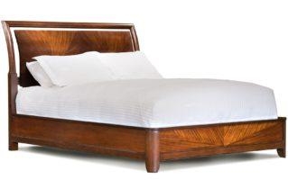 Особливості ліжок з дерев'яного масиву