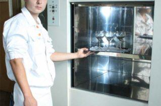 Призначення кухонного ліфта в приватному будинку