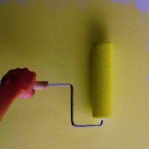 Більш доступним і нескладним варіантом обробки свого будинку є застосування  лакофарбового матеріалу defe27a6d2361